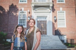 Rylie and Janie Maedler outside of the Delaware Legislative Hall